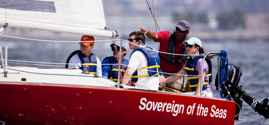 students-and-sailing-instru